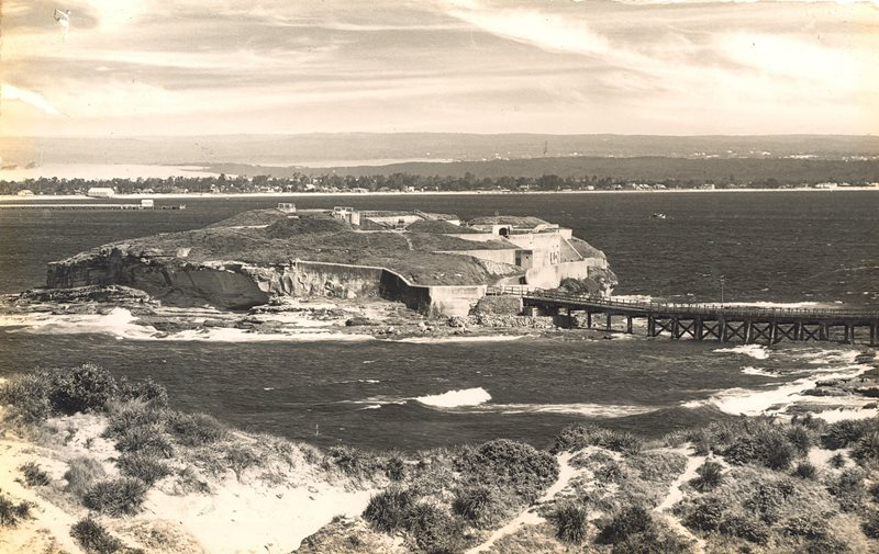View across Botany Bay to Kurnell.jpg